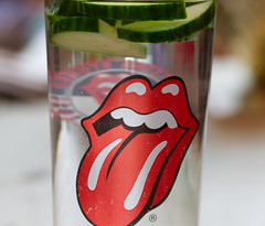 Red tongue - The Stones Sticky Fingers emblem. (alisonhalliday) Tags: cf19 slice canoneos77d sigma105mm macro cmwdred cmwd