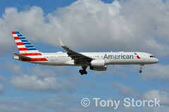 N691AA (bwi2muc) Tags: mia airport airplane aircraft airline plane flying aviation spotting spotter boeing american oneworld 757 n691aa americanairlines 757200 winglets miamiinternationalairport miamiairport oneworldalliance