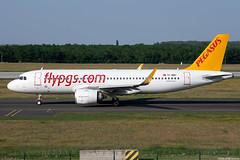 TC-NBU (Andras Regos) Tags: plane fly airport aircraft pegasus aviation airbus neo bud spotting a320 spotter pegasusairlines lhbp a320neo