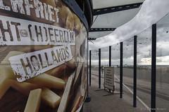 Closed (Pieter Musterd) Tags: kiosk kijkduin deltaplein