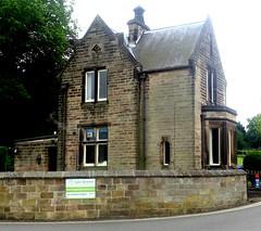 [76231] Lea : Lea Green Lodge (Budby) Tags: lea derbyshire lodge gatehouse victorian