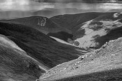 DSC_5139: View towards Glen Lyon, Scotland from Beinn Ghlas (Colin McIntosh) Tags: 2019 benlawers highlands scotland nikon d610 105mm f25 manual focus