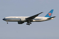 On finals to runway 22 at Stansted, China Southern B777-F1B (Retro Jets) Tags: chinasouthern b772 b77f stn