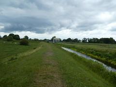 UK - Cambridgeshire - Near Lode - View along Lode (JulesFoto) Tags: uk england cambridgeshire centrallondonoutdoorgroup clog lode fenland fens watercourse