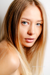 Juliane (W_10) Tags: julianeneitzke glaucomeneghelli beauty model girl beautiful eyes glamour portrait