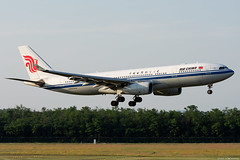 B-6080 (Andras Regos) Tags: aviation aircraft plane fly airport bud lhbp spotter spotting landing airchina airbus a330 a332 a330200
