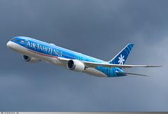 Boeing 787-9 Air Tahiti Nui F-OVEA ( N1015X ) (Clément W.) Tags: boeing 7879 air tahiti nui fovea n1015x lfpb lbg