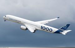 Airbus A350-1000 Airbus Industrie F-WMIL (Clément W.) Tags: airbus a3501000 industrie fwmil lfpb lbg