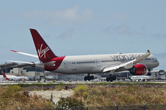 "Virgin Atlantic 787-900 Dreamliner ""Lucy in the Sky"" (G-VDIA) LAX Approach 5 (hsckcwong) Tags: virginatlantic virginatlanticairways787900 7879 787 dreamliner gvdia lucylnthesky lax klax"