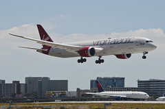 "Virgin Atlantic 787-900 Dreamliner ""Lucy in the Sky"" (G-VDIA) LAX Approach 1 (hsckcwong) Tags: virginatlantic virginatlanticairways787900 7879 787 dreamliner gvdia lucylnthesky lax klax"