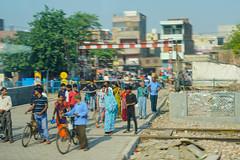 DSC05401.jpg (jmarnaud) Tags: india 2019 spring family train road people dehli agra house countryside