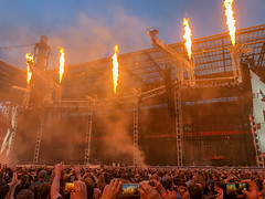 Rock fans in front of the stage set with flamethrower for the WorldWired tour - Metallic concert in Cologne, Germany (verchmarco) Tags: köln cologne worldwired metallica tour nordrheinwestfalen deutschland people menschen flame flamme festival smoke rauch energy energie competition wettbewerb rebellion group gruppe celebration feier music musik many viele light licht dragrace travel reise performance concert konzert religion outdoors drausen battle schlacht fireworks feuerwerk2019 2020 2021 2022 2023 2024 2025 2026 2027 2028 2029 2030 vowel farm day coth5 outside child shop camera naturaleza design