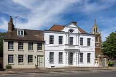 Woburn, Bedfordshire (Ken Barley) Tags: bedfordshire woburn