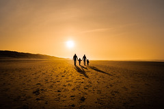 Can't Do Without You (freundsport) Tags: norderney sun beach people walk silhouette sky sand