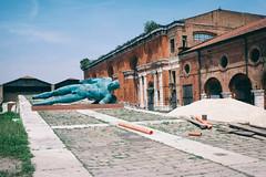 Desolation angel (Roberto Spagnoli) Tags: angel sculpture desolation abbandono color kerouac nude fotografiadistrada streetphotography blue venezia venice italy igormitoraj