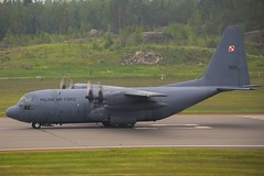 Polish Air Force C-130 Hercules (ville.suontausta1) Tags: canon6d canon polishairforce c130 eftu