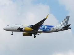EC-MYC (yonatan spotting) Tags: airbus airbusa320 vueling ecmyc