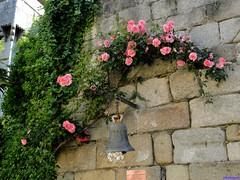 Granadilla (santiagolopezpastor) Tags: espagne españa spain cáceres provinciadecáceres extremadura medieval middleages pueblo puebloabandonado campana bell