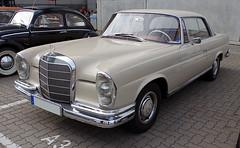 Mercedes-Benz W111 Coupé (Toytone) Tags: mercedesbenz w111 coupé