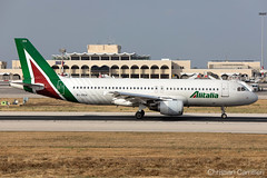 Alitalia Airbus A320-216 'EI-DSA' LMML - 06.06.2019 (Chris_Camille) Tags: spottinglog registration planespotting spotting maltairport airplane aircraft plane sky fly takeoff airport lmml mla aviationgeek avgeek aviation canon5d canon livery myphoto myphotography