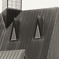 Pointy (2n2907) Tags: abstract architecture triangle triangles triangular lines windows roof cupola blackwhite