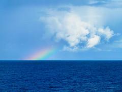 Regenbogen im Mittelmeer (r_a_mueller) Tags: regenbogen wolken landschaft regen wetter