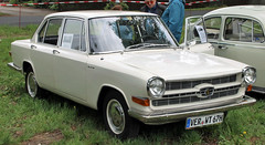 1700 (Schwanzus_Longus) Tags: bruchhausen vilsen german germany old classic vintage car vehicle sedan saloon glas 1700