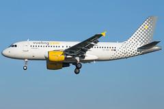 Vueling A319-112 EC-MGF (wapo84) Tags: bcn lebl a319 ecmgf vueling