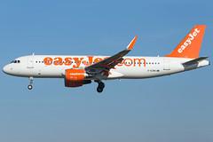 easyJet A320-214(WL) G-EZWX (wapo84) Tags: bcn lebl a320 easyjet gezwx