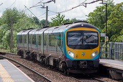 TransPennine Express 185126 (Mike McNiven) Tags: manchester diesel siemens express middlesborough manchesterairport tpe transpennine dmu desiro transpennineexpress mulitpleunit airport gatley