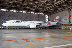 Japan Airlines - Airbus A350-941 [JA01XJ] (TANATSUKI) Tags: avgeek aircraft airplane aviation aviationlovers aviationphotography airport airbus airbusa350 a350 a350xwb a350900 ja01xj japan jal japanairlines tokyo tokyointernationalairport rjtt haneda hnd 東京国際空港 羽田空港 羽田 東京 エアバス jala350