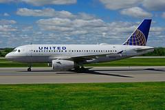 N811UA (United Airlines) (Steelhead 2010) Tags: unitedairlines airbus a319 a319100 yyz nreg n811ua