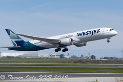 DSC_5573Pwm (T.O. Images) Tags: cgudh westjet boeing 787 787900 dreamliner toronto pearson yyz