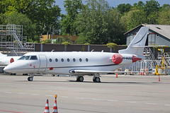 9H-HAN Gulfstream G200 Geneva 23rd May 2019 (michael_hibbins) Tags: 9hhan gulfstream g200 geneva 23rd may 2019 9h malta maltese europe european aeroplane aerospace aircraft aviation airplane aero airport airports