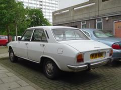 1973 Peugeot 504 GL (Neil's classics) Tags: 1973 peugeot 504 gl 1971cc car
