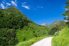 Balade aux Bouches d'Aula (Ariège) (PierreG_09) Tags: ariège pyrénées pirineos couserans occitanie midipyrénées montagne aula piste route col pause coldepause bouchesdaula