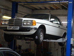 1981 Mercedes Benz 230 CE (Neil's classics) Tags: 1981 mercedes benz 230ce w123 car