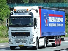 Volvo FH4 globetrotter from Steijaert Holland. (capelleaandenijssel) Tags: 55bjk3 tieleman kloosterzande netherlands zeeland truck trailer lorry camion lkw charter transport
