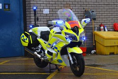 BX18 BNY (S11 AUN) Tags: leicestershire leics police yamaha fjr 1300 motorbike policebike motorcycle rpu roads policing unit 999 emergency vehicle bx18bny