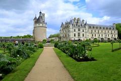 The Château de Chenonceau (annalisabianchetti) Tags: chenonceau castle castello france francia travel beautiful beauty garden giardino