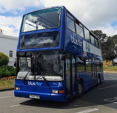 Bluestar have loaned Driver Trainer 1942 to Southern Vectis for use at the Isle of Wight Festival. Here it is on Ryde Esplanade about to load up with passengers to take to the Festival site. - Y742 TGH - 14th June 2019 (Aaron Rhys Knight) Tags: bluestardrivertrainer bluestar 1942 y742tgh 2019 rydeesplanade ryde isleofwight gosouthcoast goahead plaxtonpresident volvob7tl
