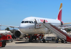 Iberia EC-JEI Airbus A319-111 flight IB411 preparing to depart from Jerez XRY Spain bound for Madrid MAD Spain (Cupertino 707) Tags: iberia ecjei airbus a319111 flight ib411 preparing depart from jerez xry spain bound for madrid mad