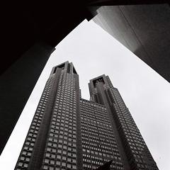 都庁 (Architecamera) Tags: blackwhite blackandwhite building shinjuku snap monochrome skyscraper architecture