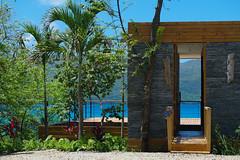 El caribe en el hogar (ben.bourdon) Tags: playa caribe república dominicana vacaciones azul turquesa montañas samaná las galeras