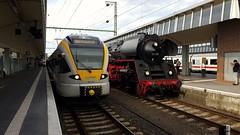 Links Eurobahn ET 5.03 en rechts Eisenbahnfreunde Zollernbahn  01 519 in Münster Hbf. 14-06-2019 (marcelwijers) Tags: links eurobahn et 503 en rechts eisenbahnfreunde zollernbahn 01 519 münster hbf 14062019