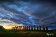 Here comes the sun (marko.erman) Tags: easterisland rapanui iledepâques pacificocean ahutongariki sony island remote isolated travel faraway sunrise sun silhouettes moai sculptures statues gigantic legends mystery ancientcivilisation beautiful