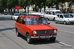 Lada VAZ 2102 Shiguli (Kim-B10M) Tags: 01l086ma uzbekistan cars vaz 2102 lada