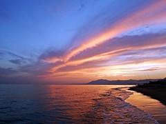Puesta de sol (Antonio Chacon) Tags: marbella málaga mar mediterráneo costadelsol cielo españa spain sunset sol atardecer andalucia
