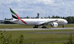 Emirates A6-EPN, OSL ENGM Gardermoen (Inger Bjørndal Foss) Tags: a6epn emirates boeing 777 osl engm gardermoen
