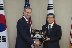 190602-D-BN624-1375 (U.S. Deputy Secretary of Defense David L. Norquist) Tags: actingsecretaryofdefense departmentofdefense patshanahan patrickmshanahan secdef patrickshanahan southkorea seoul